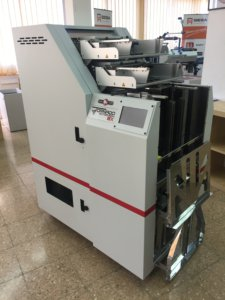 presentación perforadora Tornado Autopunch EX